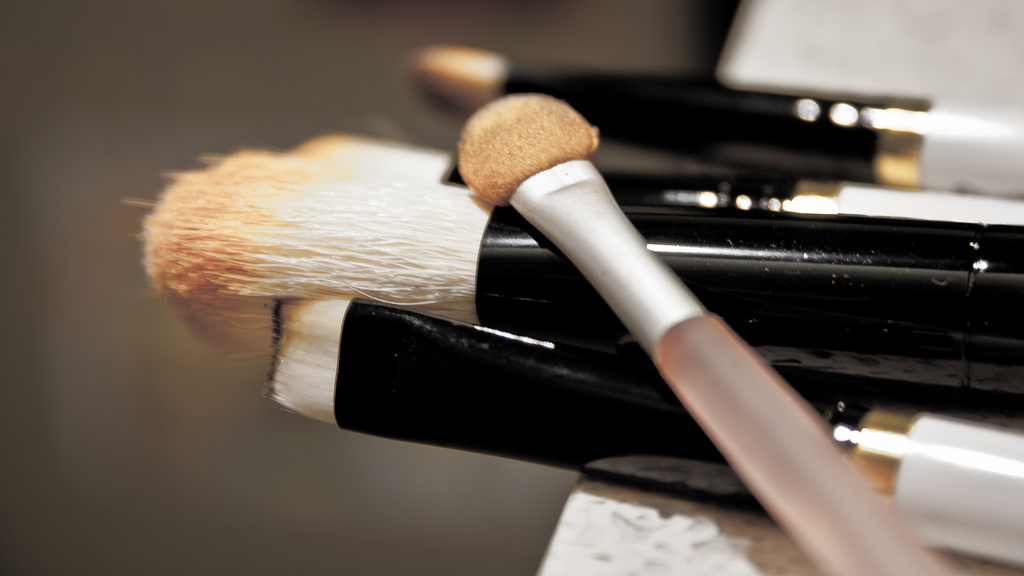 Scary Reality About Dirty Makeup Brushes