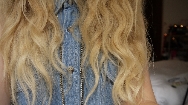 wake up with beachy wavy hair