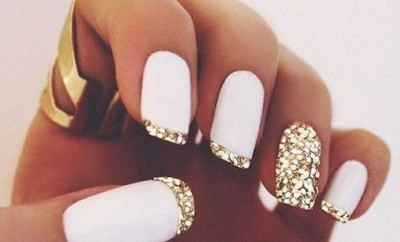gold glitter tipped white nails