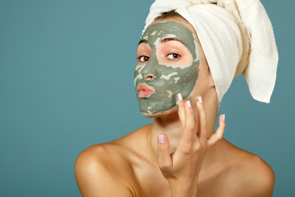 Acne mask for DIY acne treatment