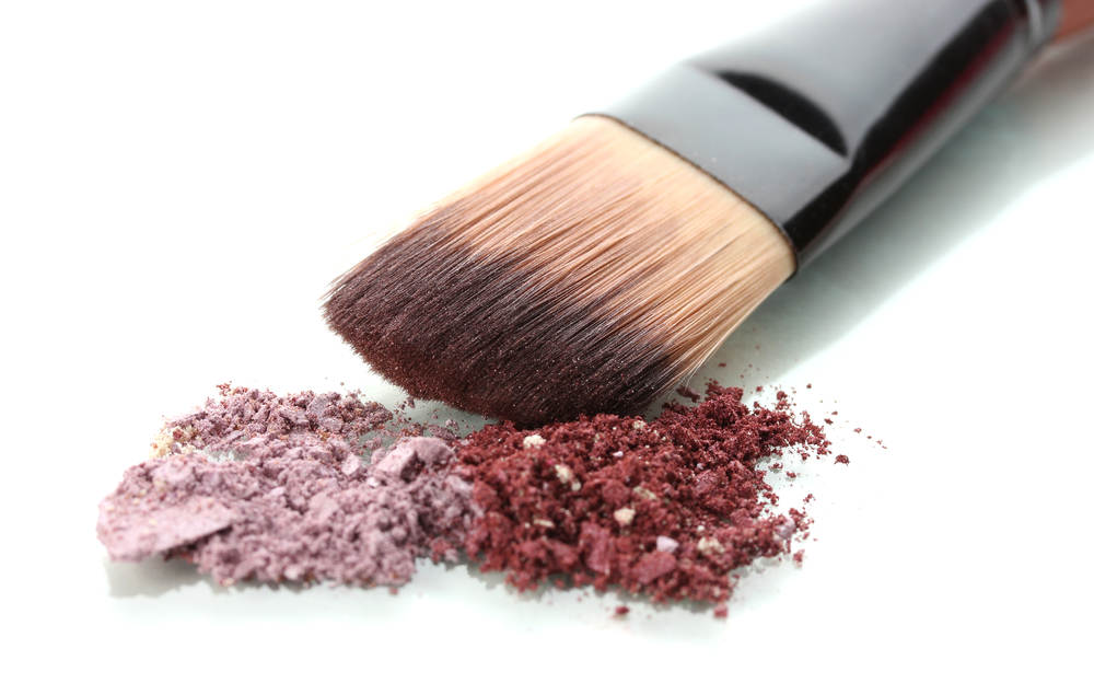 How To Make Homemade, Natural Eye Shadow
