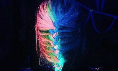 Glow-in-the-dark hairstyles