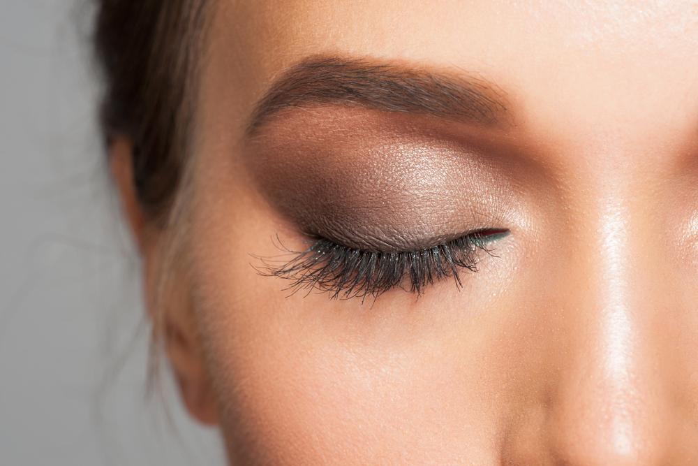 Natural Ways To Make Eyebrows Grow Back
