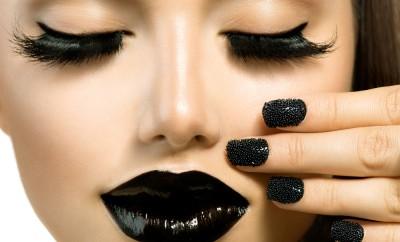 Vogue Style Fashion Girl with Black Lipstick and Trendy Black Caviar Manicure. Long False Eyelashes