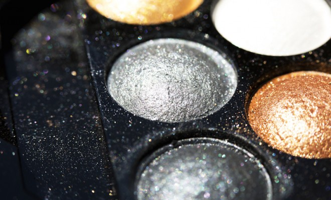 Glitter eye shadow palette make up