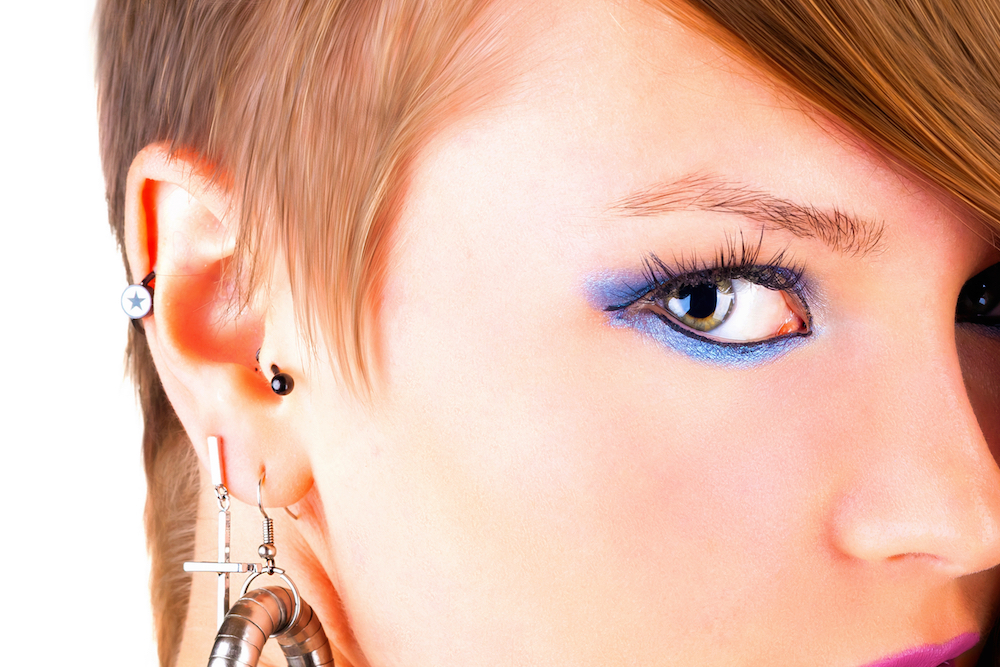 Tragus piercing: Should you get one?