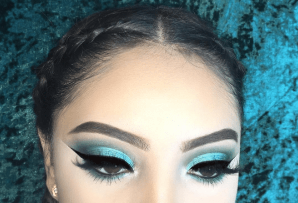 How to Rock Mermaid Shades on Your Eyes