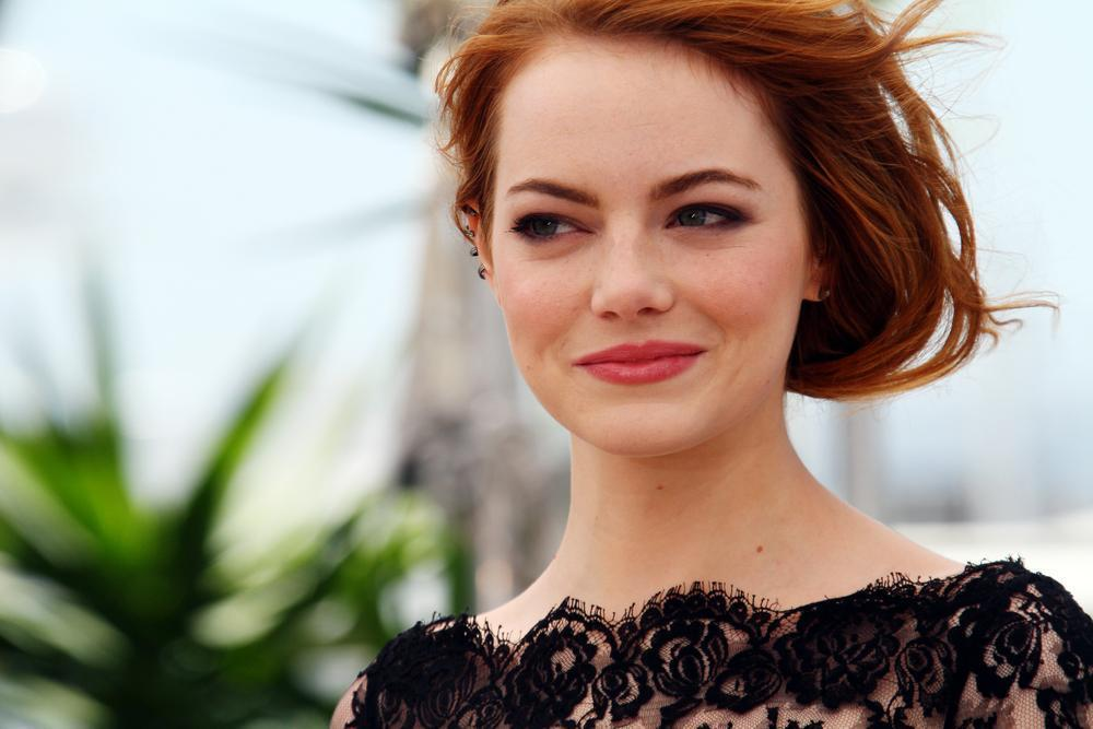 What is Emma Stone's Natural Hair Color?
