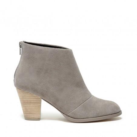 SOLE SOCIETY DEVYN mid heel ankle bootie