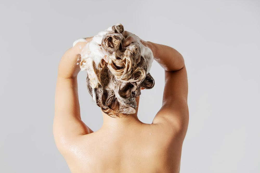 Best Shampoos if You Have a Dry Scalp