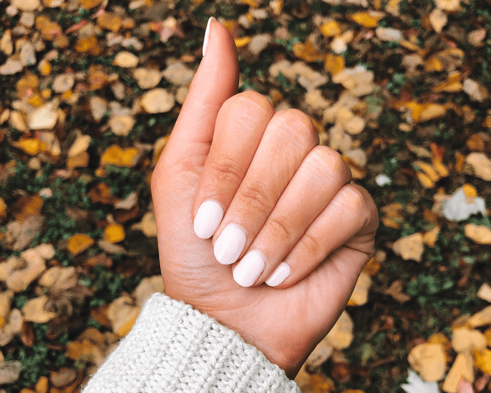 Powder Nails vs. Gel Nails – Which Is Better?