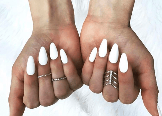 3 Reasons We Love the White Nails Trend