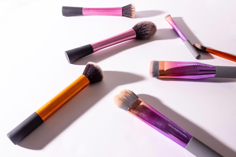 How To Make Your Own Makeup Brush Cleaner